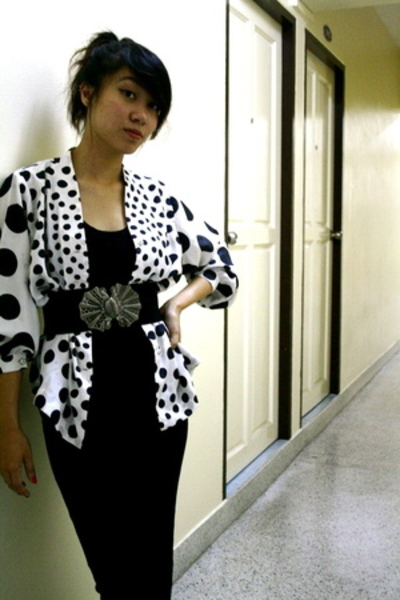 and again.. my 10th polka dot top