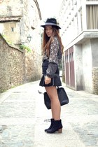 Lefties hat - Lefties skirt - black Zara blouse