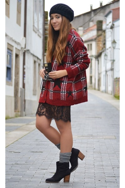 black Zara dress - pull&bear cardigan