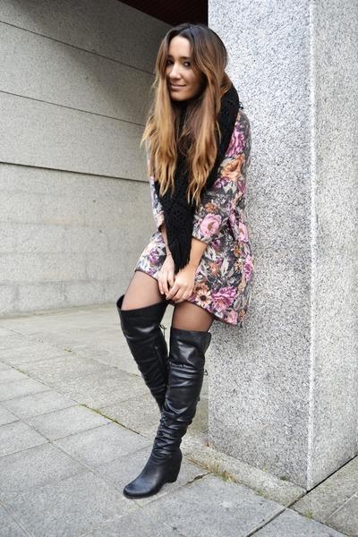 H&M dress - vintage boots