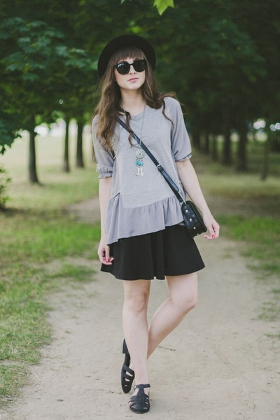 heather gray Chicwish top