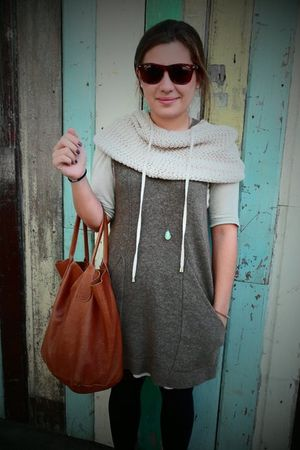 brown timosi dress - beige timosi scarf