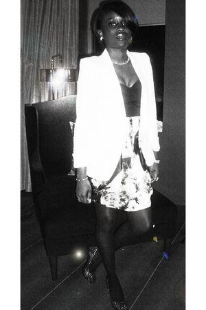 black Lispy dress - white Zara blazer - black Steve Madden shoes - white Aldo ne