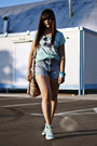 Aquamarine-new-yorker-shirt-sky-blue-vintage-jeans-gray-h-m-trend-sunglasses