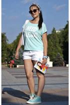 New Yorker shirt - Bershka shorts - Pimkie sneakers