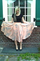pink vintage skirt - green thrifted shoes - gray vintage scarf