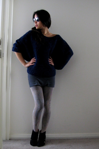 blue Sportsgirl sweater - black cutout bootie we who see boots