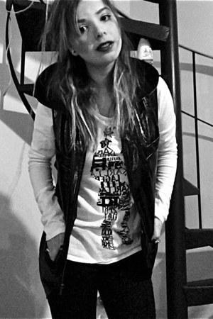 black faux snake skin Karl Lagerfeld vest - white Karl Lagerfeld shirt