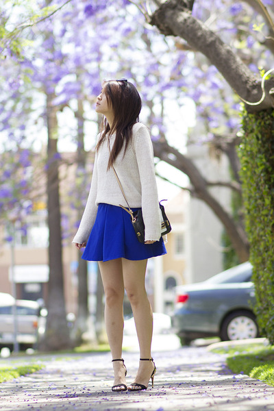 blue skater no brand skirt - white loose knit ann taylor sweater