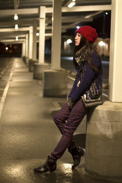 maroon coated denim cotton on jeans - ruby red beanie Forever 21 hat