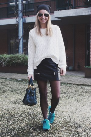 black beanie asos hat - white basic Sheinside sweater