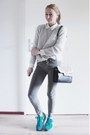 Heather-gray-skinny-pull-bear-jeans-black-perforated-zara-bag