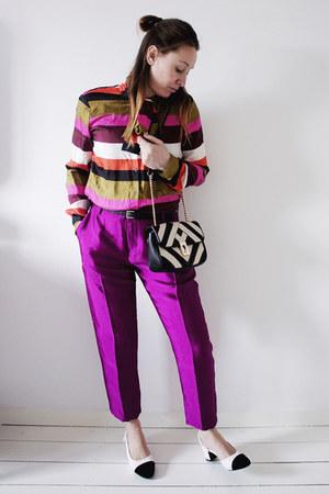 black striped Mango bag - magenta shiny Scotch & Soda pants