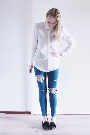 blue ripped Sheinside jeans - white basic Sheinside blouse