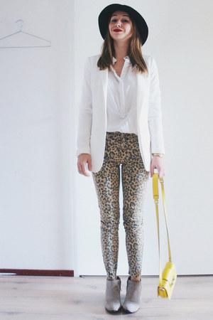 white basic H&M blazer - beige ankle boots sam edelman boots