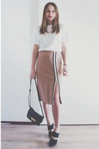 light pink pencil skirt Zara skirt - black lock asos bag
