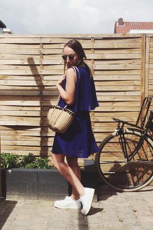 deep purple pleated Spartoo dress - camel basket Etsy bag