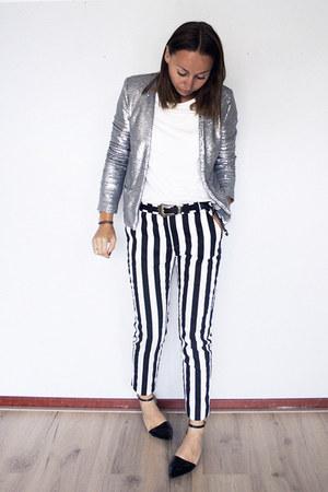 silver sequin Mango blazer - white white tee Hema t-shirt