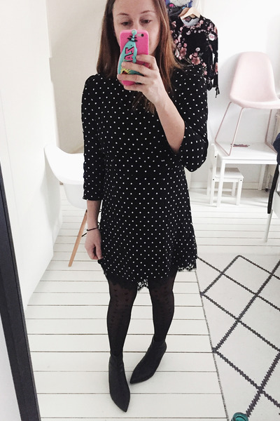 navy polkadot GAMISS dress - black ankle boots Zara boots