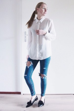 white basic Sheinside blouse - blue ripped Sheinside jeans