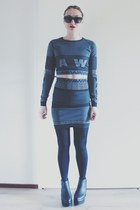 gray bodycon Alexander Wang x H&M skirt - black platform Monki boots