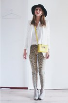 Leopard and bright yellow