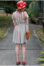 Squiggle-taxi-cdc-dress-red-pink-duchess-shoes-red-cloche-stripes-hat