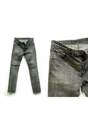 gray Wrangler pants