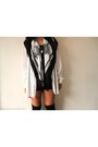Black-boston-and-bailey-scarf-white-only-2-vintage-cardigan