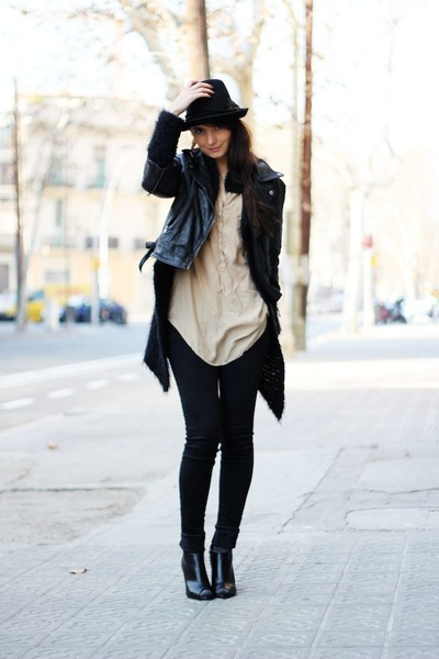 black chelsea wedges H&M boots - black denim jeans H&M jeans - black Zara hat -
