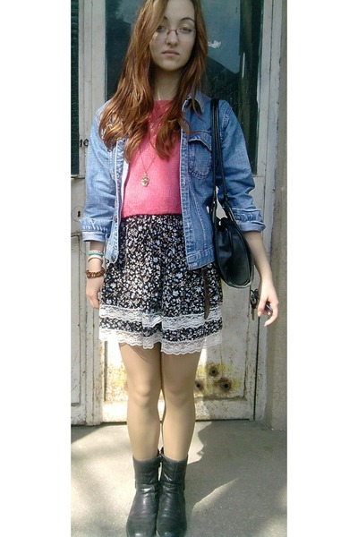 dark gray floral print shirt - hot pink top