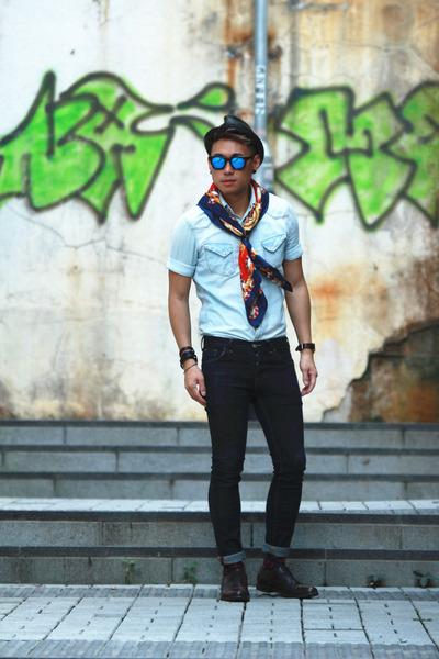 vintage scarf - florsheim shoes - H&M jeans - Stussy hat - nano universe shirt