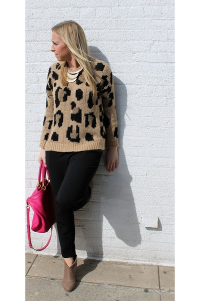 23e5e198229f camel leopard print Pull and Bear sweater - hot pink Marc by Marc Jacobs bag