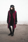 Magenta-waistcoat-i-am-coat-black-secondhand-coat-black-chicnova-hat