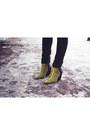 Yellow-asos-boots-black-h-m-hat-yellow-zara-blazer-white-zara-scarf
