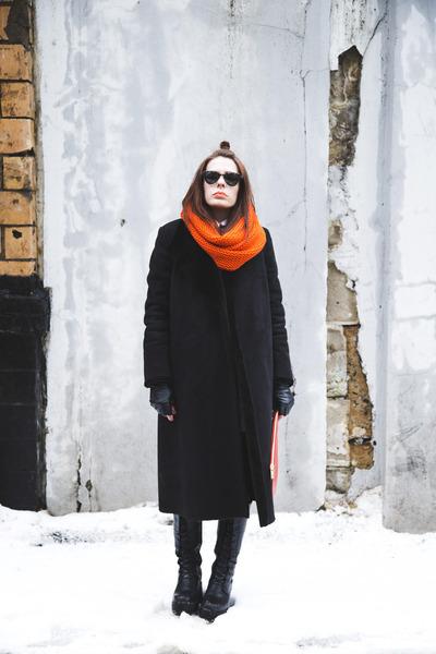 black leather vagabond boots - black wrap flo & jo coat
