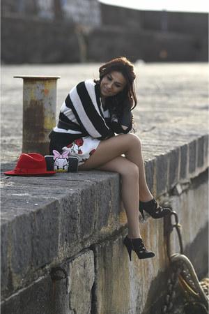 black Miu Miu shoes - black Max & Co sweater - black Pinko bag