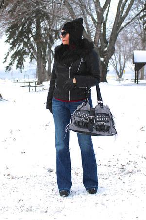 black LABELSHOEScom boots - blue Guess jeans - black LABELSHOEScom bag