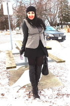 heather gray Zara blazer - black boots - black bag - black Zara skirt
