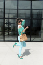 aquamarine Luiggi Bertolli cardigan - camel Dumond bag