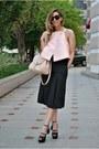 Light-pink-oasap-blouse-black-inia-lavin-sandals