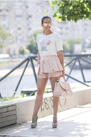 light pink romwe shorts - silver sammydress sunglasses