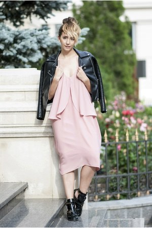 black Choies boots - light pink shein dress
