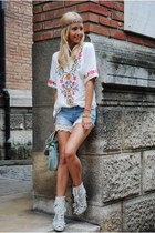 ivory Sheinside blouse - white In Vogue boots - light blue sammydress shorts