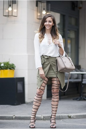 black Jessica Buurman sandals - army green romwe skirt