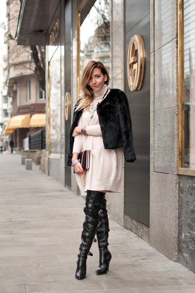 eggshell Front Row Shop dress