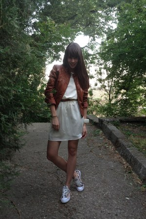 ivory H&M dress - burnt orange leather BLANCO jacket - brown All star sneakers