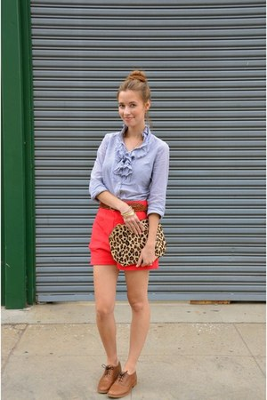 red high waisted Lulus shorts - sky blue JCrew shirt