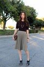 Heather-gray-sweater-pleated-zara-skirt-maroon-knit-banana-republic-sweater