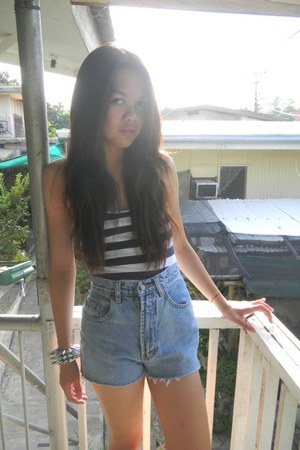 diy shorts - stripes top - spiked bracelet